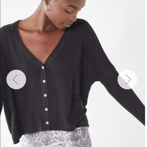 urban outfitters black button-down longsleeve